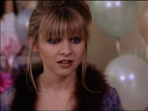 Beverley Mitchell In 7th Heaven 1996
