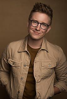 Tyler Oakley Picture