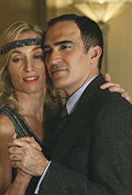 Patrick Fischler and Victoria Smurfit in Once Upon a Time (2011)