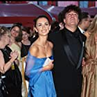 Pedro Almodóvar and Penélope Cruz at an event for The 72nd Annual Academy Awards (2000)