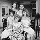Beverly Archer, Ken Berry, Allan Kayser, Vicki Lawrence, and Dorothy Lyman in Mama's Family (1983)