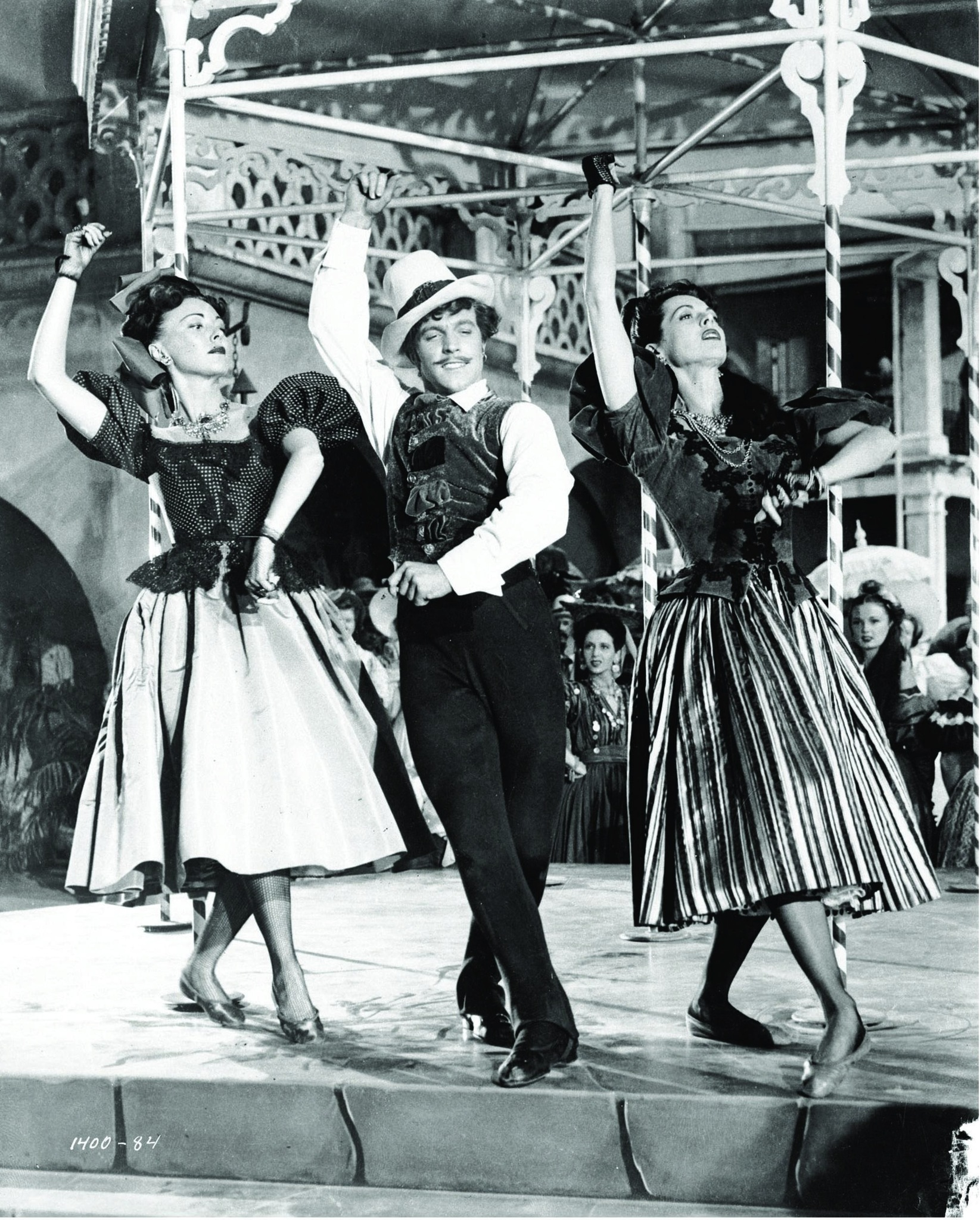 Gene Kelly and Ellen Ross in The Pirate (1948)