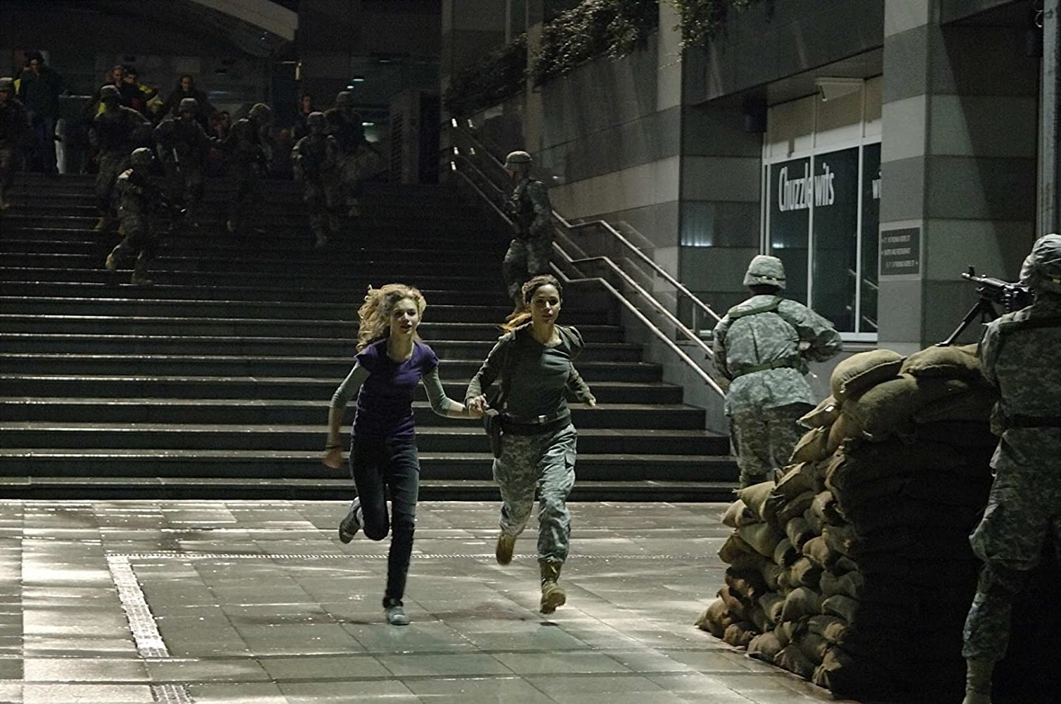 Rose Byrne and Imogen Poots in 28 Weeks Later (2007)