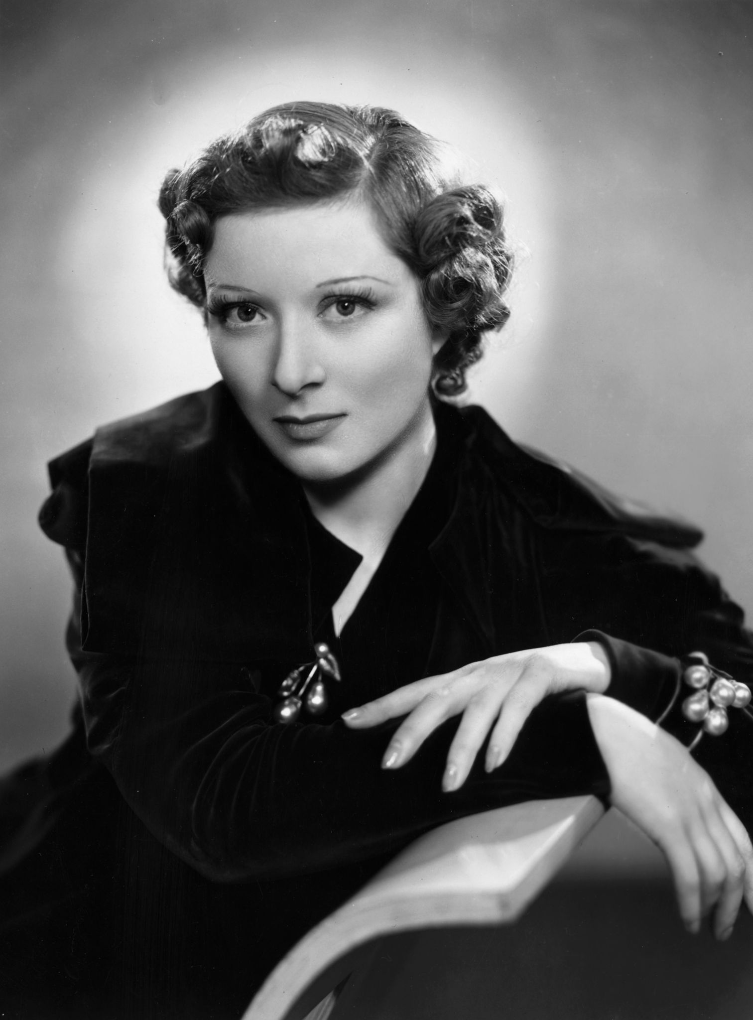 Greer Garson (1904?996 (naturalized American citizen)