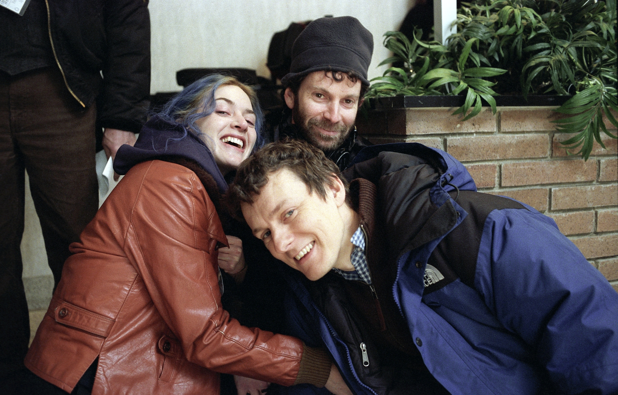 Kate Winslet, Michel Gondry, and Charlie Kaufman in Eternal Sunshine of the Spotless Mind (2004)