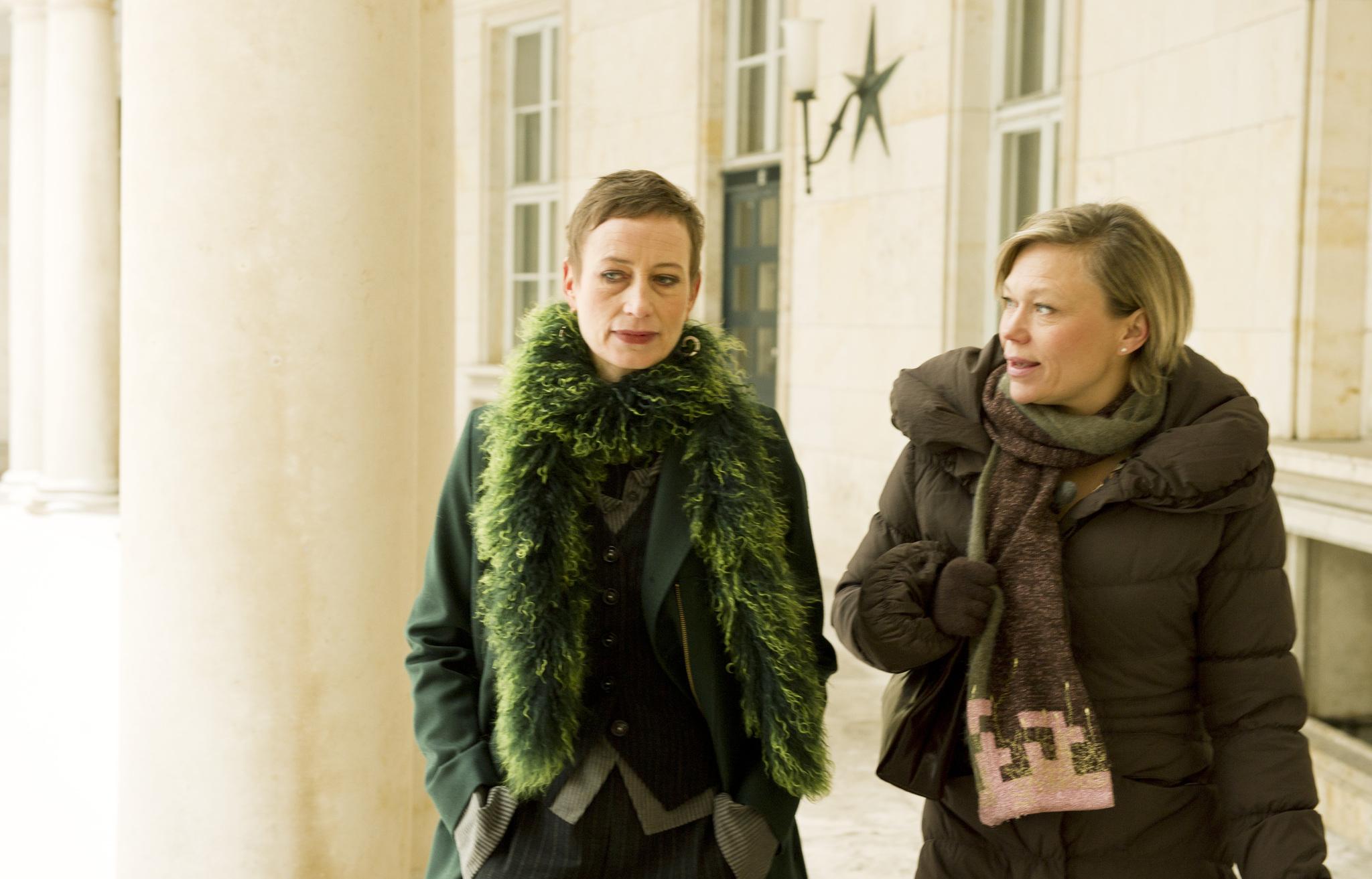 Sarah Boberg and Sofie Stougaard in Bron/Broen (2011)