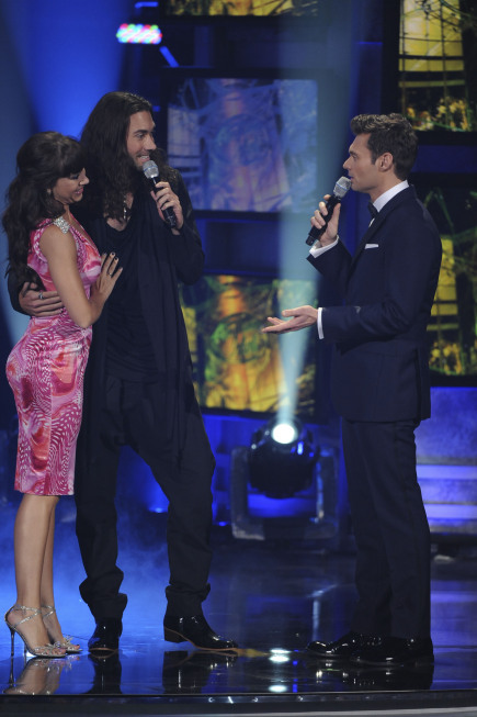 Diana DeGarmo, Ryan Seacrest, and Ace Young in American Idol: The Search for a Superstar (2002)