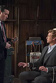 Simon Baker and Kevin Corrigan in The Mentalist (2008)