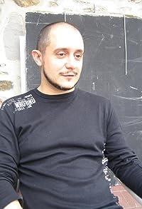 Primary photo for Roberto Castón