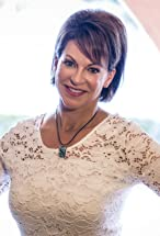 Suzanne Niedland's primary photo