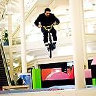 Mike Escamilla in Paul Blart: Mall Cop (2009)