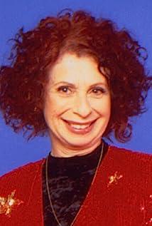 Annie Korzen Picture