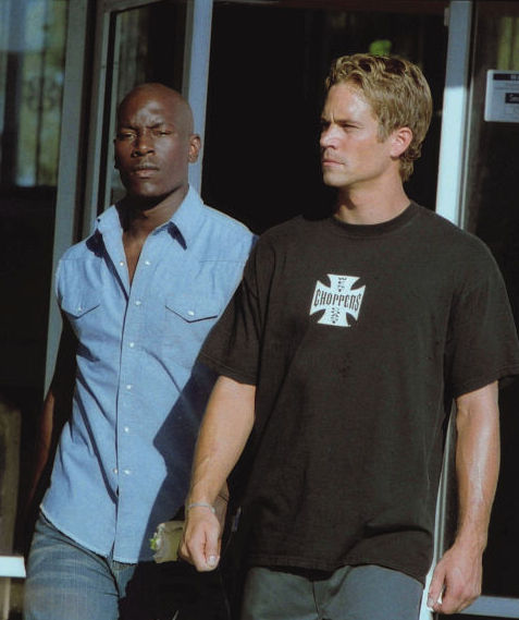 Tyrese Gibson and Paul Walker in 2 Fast 2 Furious (2003)