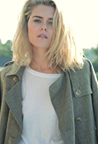 Primary photo for Rachael Taylor