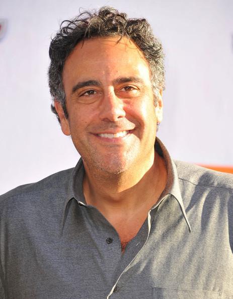 Photo de Brad Garrett avec un hauteur de 204 cm et à l'age de 61 en 2021