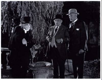 Lon Chaney, Claude King, and Percy Williams in London After Midnight (1927)