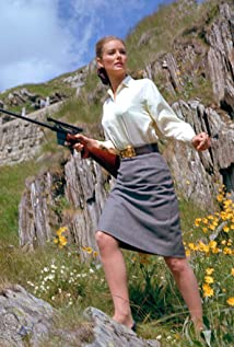 Tania Mallet Picture