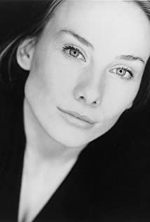 Rosie Marcel Picture