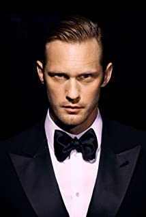 where is alexander skarsgard now