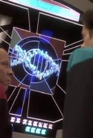 Avery Brooks and Alexander Siddig in Star Trek: Deep Space Nine (1993)