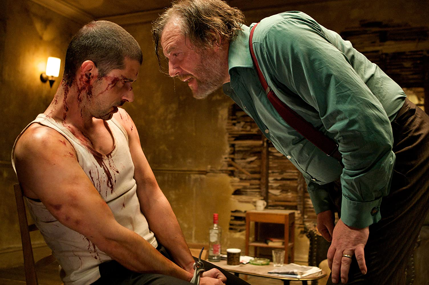Melvil Poupaud and Ray Winstone in 44 Inch Chest (2009)