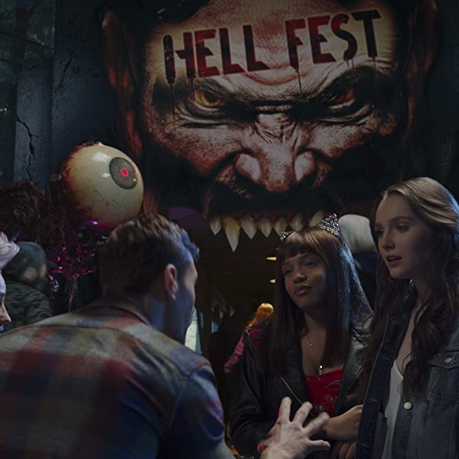 Reign Edwards, Bex Taylor-Klaus, Amy Forsyth, and Christian James in Hell Fest (2018)