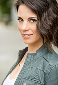 Primary photo for Leah Cairns