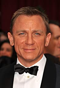 Primary photo for Daniel Craig