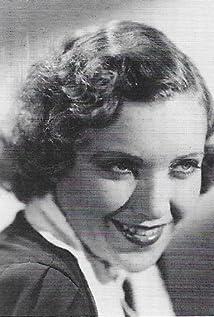 Maxine Doyle Picture