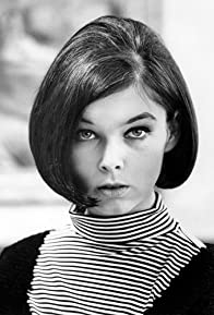 Primary photo for Yvonne Craig