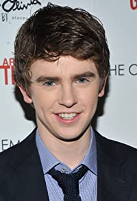 Primary photo for Freddie Highmore
