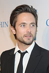 Primary photo for Justin Chatwin