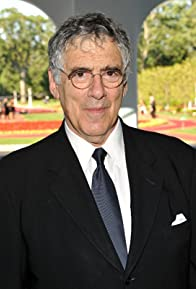 Primary photo for Elliott Gould