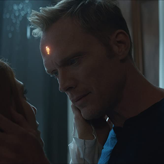 Paul Bettany and Elizabeth Olsen in Avengers: Infinity War (2018)