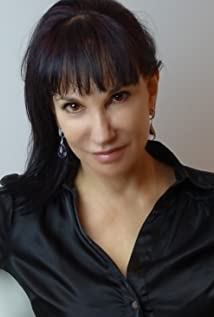 Gloria Mann Picture