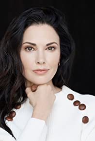 Primary photo for Laura Mennell