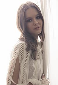 Primary photo for Izabela Vidovic