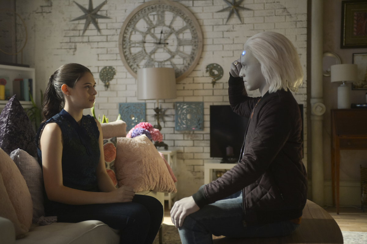 Jesse Rath and Nicole Maines in Supergirl (2015)