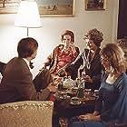Lily Broberg, Jørgen Buckhøj, Brigitte Kolerus, Karen Lykkehus, Ulf Pilgaard, and Bjørn Puggaard-Müller in Pas på ryggen, professor! (1977)