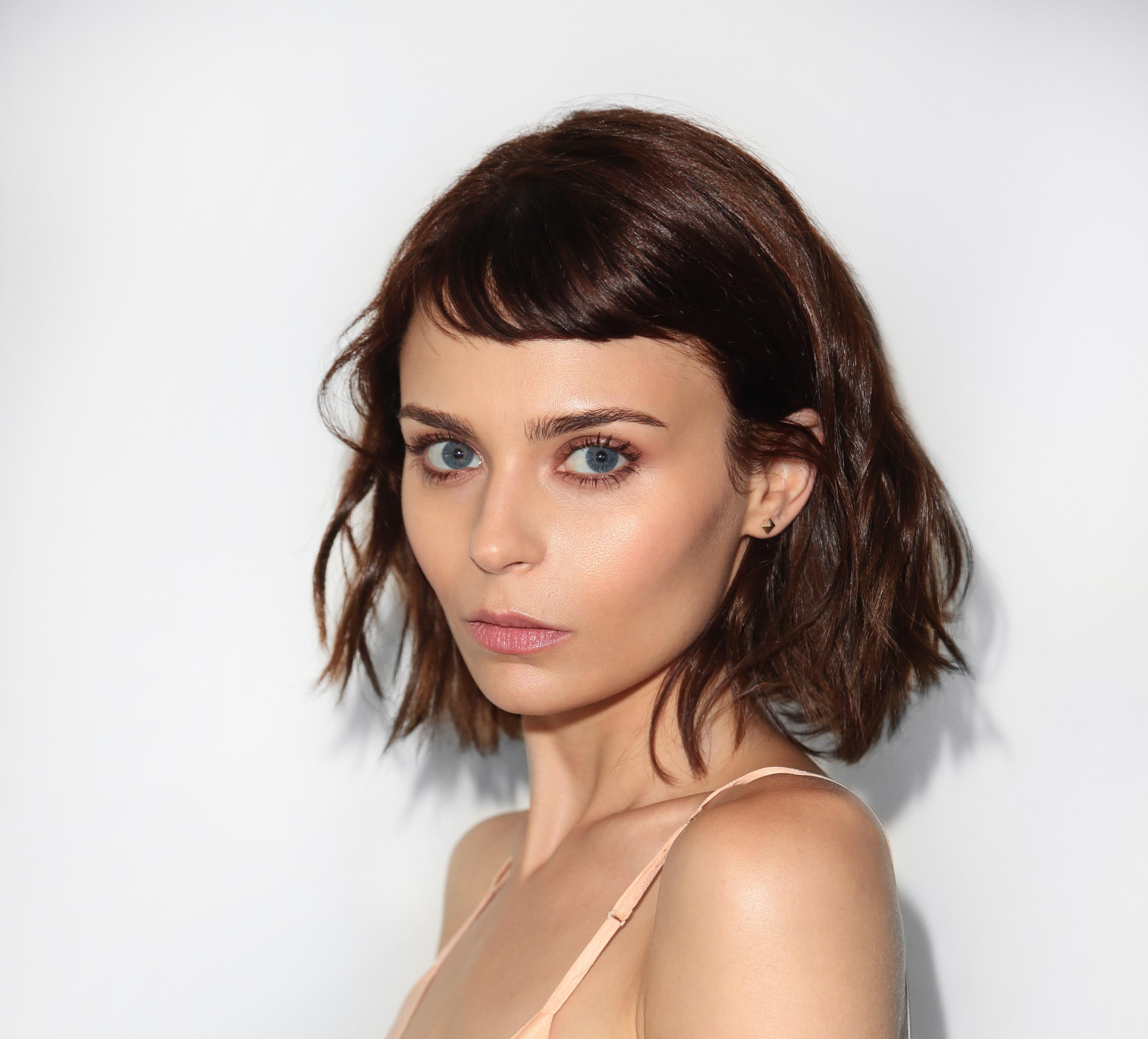 Alexandra Krosney nude photos 2019