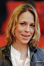Anneke Kim Sarnau's primary photo