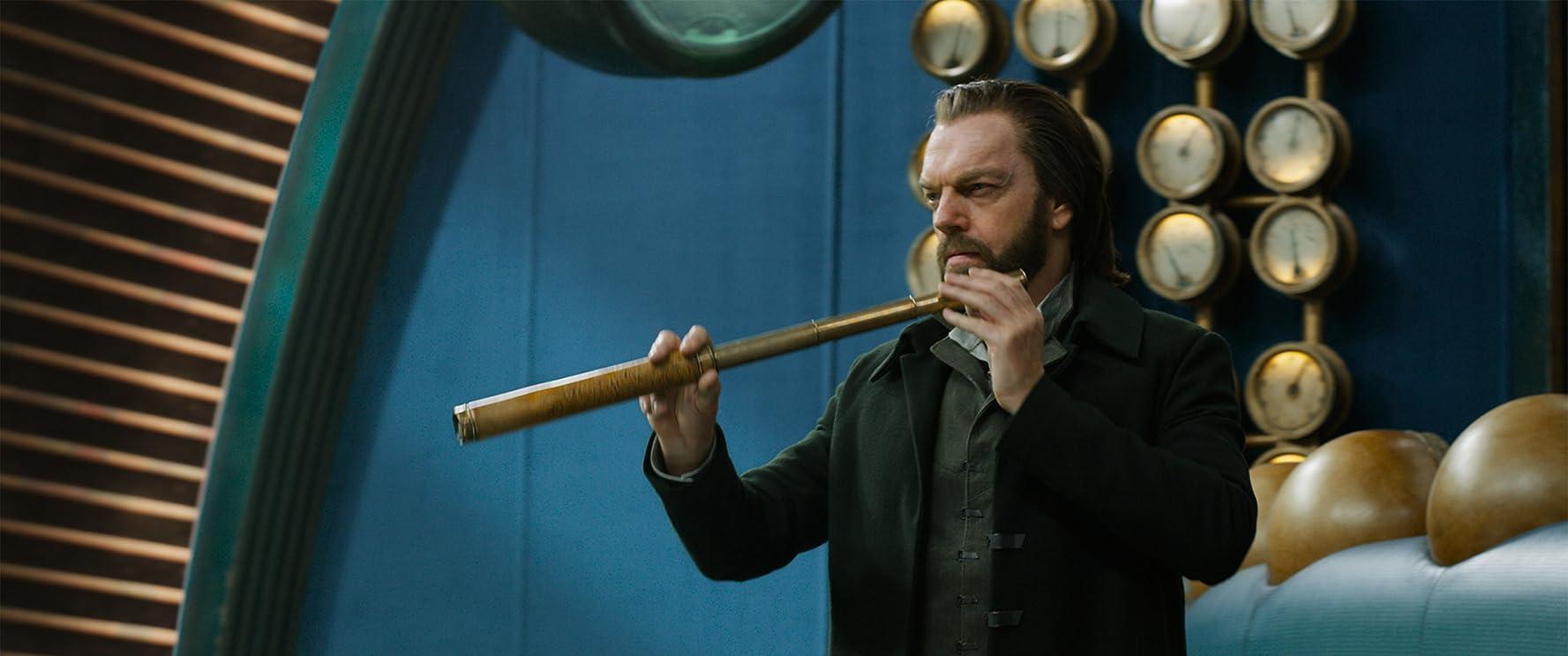 Hugo Weaving in Mortal Engines (2018)