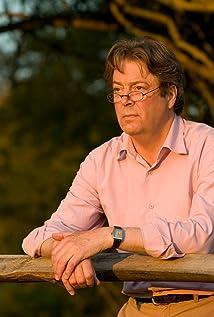 Roger Allam Picture