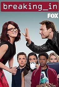 Christian Slater, Megan Mullally, Bret Harrison, Odette Annable, Alphonso McAuley, and Erin Richards in Breaking In (2011)