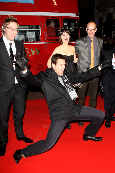 Danny Wallace, Jim Carrey, Zooey Deschanel and Peyton Reed at the London Premiere of Yes Man
