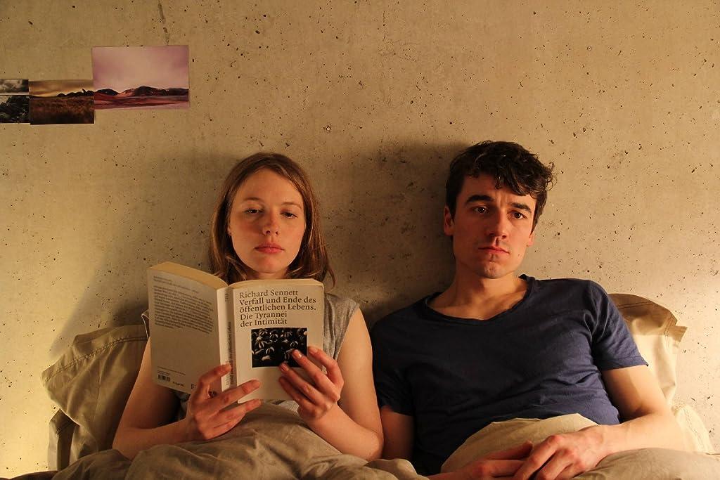 Drei Zimmer/Küche/Bad (2012)