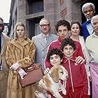 Danny Glover, Gene Hackman, Gwyneth Paltrow, Anjelica Huston, Ben Stiller, Luke Wilson, Jonah Meyerson, Kumar Pallana, and Grant Rosenmeyer in The Royal Tenenbaums (2001)