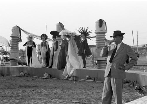 Federico Fellini in 8½ (1963)
