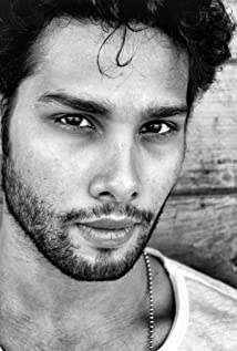 Siddhant Chaturvedi Picture