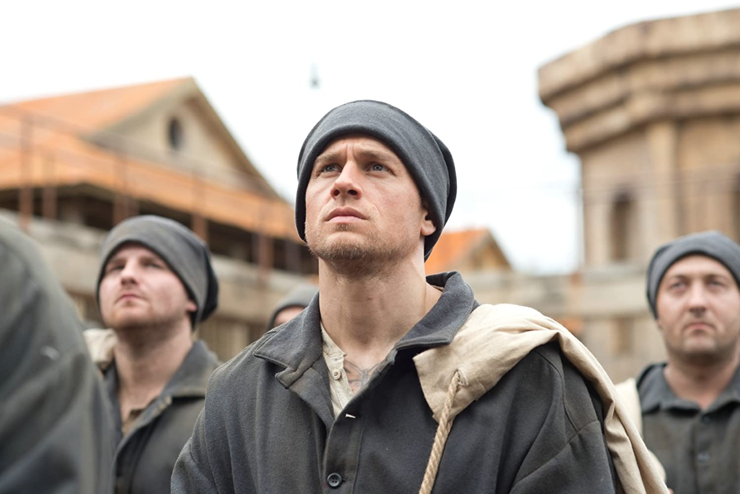Charlie Hunnam in Papillon (2017)